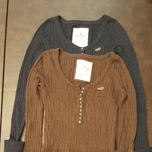 Bundle off 2 Hollister Knit Sweaters